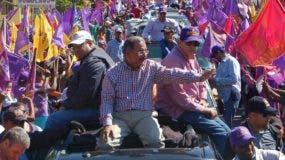 Luego de que el Comité Político del partido morado aprobó su reelección en   2015 el Mandatario justificó la acción.  Archivo.