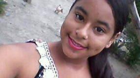 El cuerpo de Émely Peguero fue encontrado en un solar baldío.