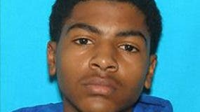Foto del presunto autor, un estudiante de 19 años identificado como James Eric Davis.