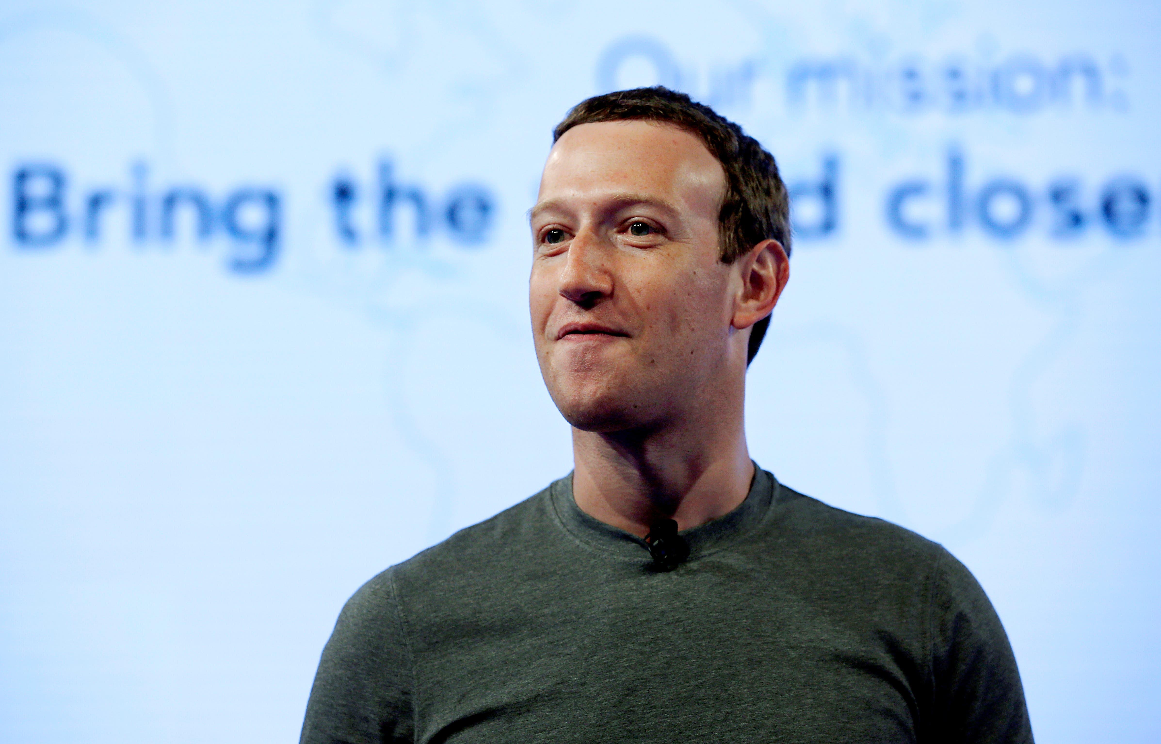 Legisladores de EE.UU. piden que Zuckerberg testifique ante el Congreso