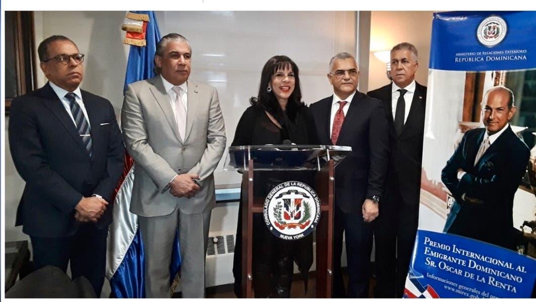 """Promueven en EU el  """"Premio Internacional al Emigrante Dominicano Sr. Oscar de la Renta"""""""
