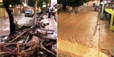En cuestión de horas, las calles de varios sectores de la Novia del Atlántico quedaron inundadas de agua y lodo. Foto: fuente externa.
