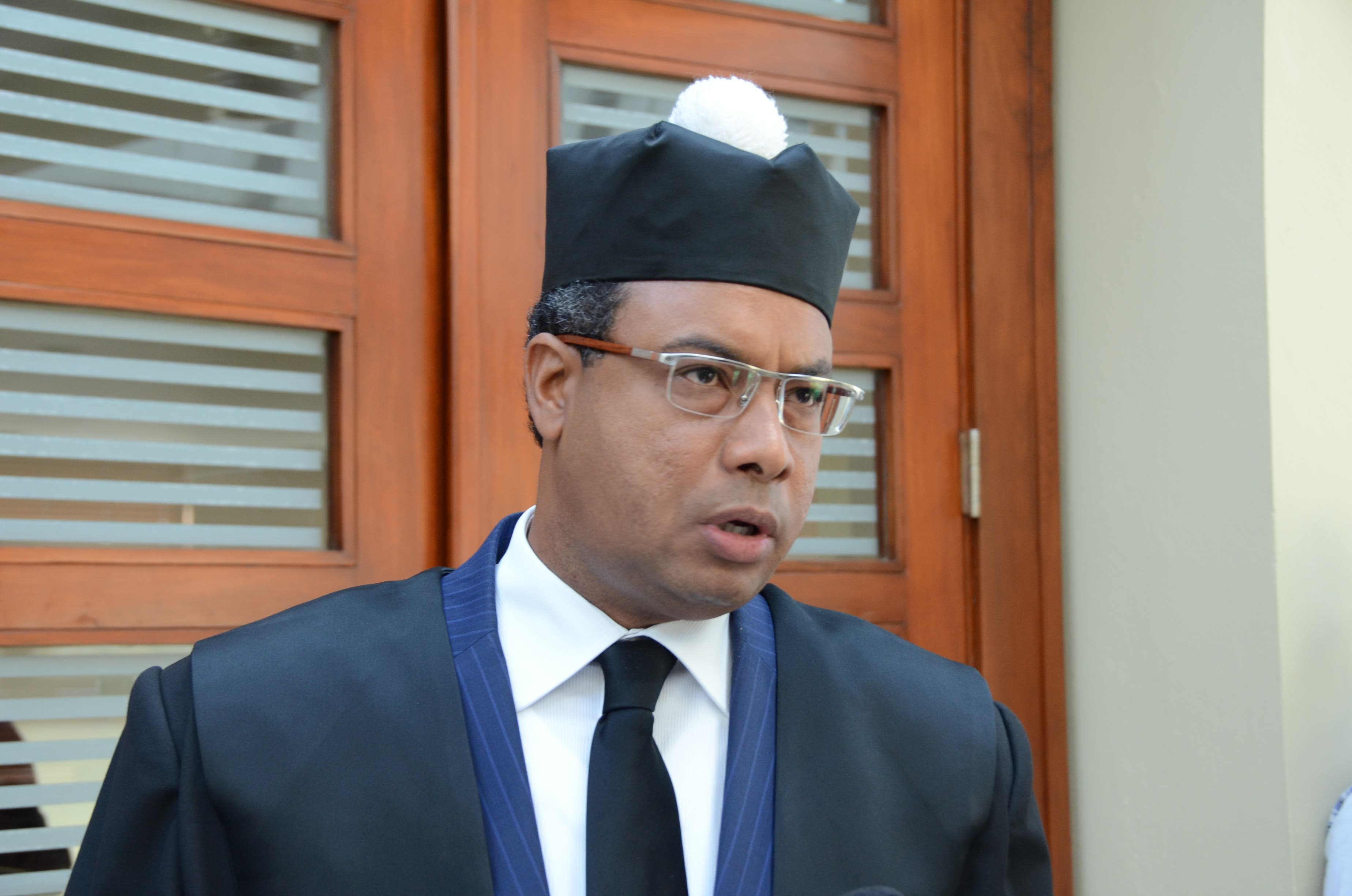 Diputado pide a Tribunal Constitucional pronunciarse sobre reelección