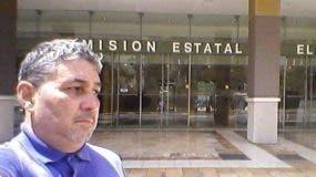 El ufólogo puertorriqueño Reinaldo Ríos. aspira a ser gobernador de la isla.