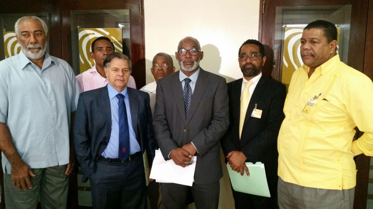 Frente Amplio exige miembros de la JCE definan «si protegerán o denunciarán penalmente» a responsables de comprar los escáneres