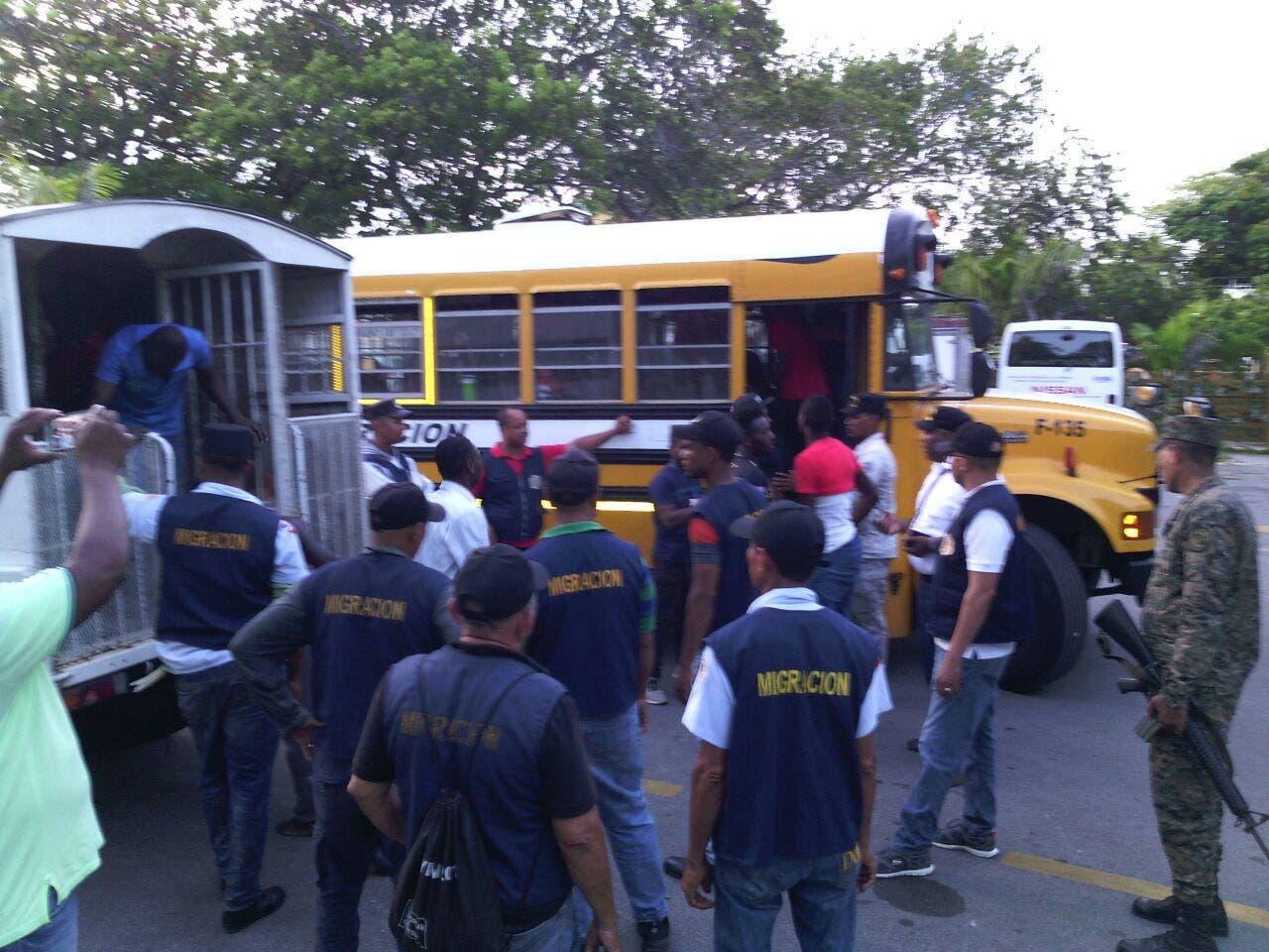 República Dominicana repatrió en febrero a 7 mil 598 extranjeros