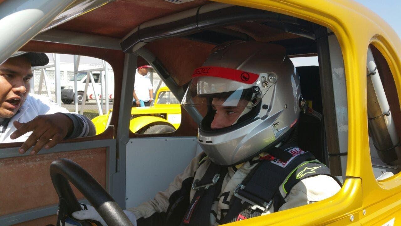Jimmy Llibre hijo arrasa en Campeonato Fórmula Legend 2018 de México