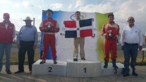Llibre Jr. terminó las dos carreras con un tiempo total de 06:12.810, con el cual dejó detrás a los hermanos Luis F. Segura Camacho y Mauro A. Segura Camacho.