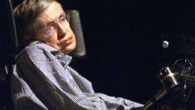 Stephen Hawking llegó a ser un científico de una inusitada popularidad. AFP