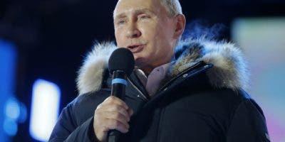 Vladimir Putin fue electo con más del 70% de los votos. AP