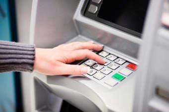 Detienen en España al presunto ciberladrón que penetró a todos los bancos de Rusia y robó 1.000 millones de euros