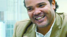 Alberto Zayas es el primero de tres hermanos    que nacieron dentro de la humildad.  José DE    León