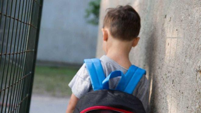 El primer episodio de abuso ocurrió cuando la víctima tenía 8 años de edad.