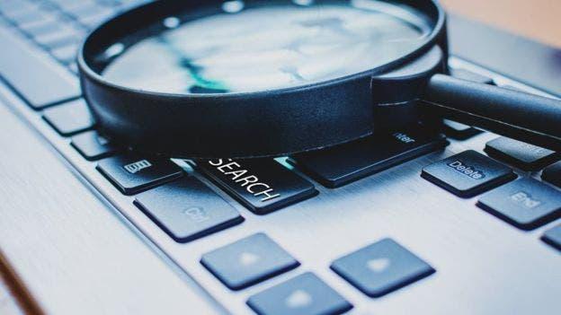 Una búsqueda de palabras clave puede ayudar a los usuarios a centrarse en los detalles más importantes.