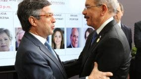 Danilo  Medina compartió en Perú  con el presidente del BID, Luis Alberto Moreno.  FUENTE EXTERNA