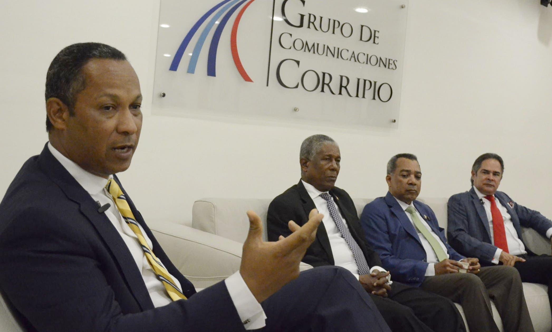 Dionis Sánchez, Manuel Antonio Paula, Juan Orlando Mercedes  y Antonio Cruz hablan sobre  sus provincias.  José de León
