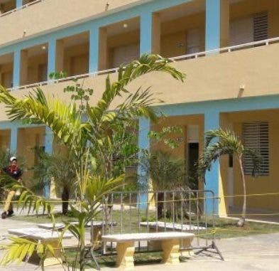 El plantel tiene 29 aulas para la Jornada Extendida.