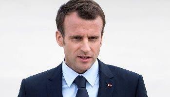 Emmanuel Macron fue recibido con alfombra roja.