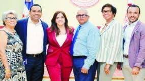 Altagracia Tejada, Alexander Galarza, Dalia Sued, Bienvenido Rodríguez y  María Elena Tapia.