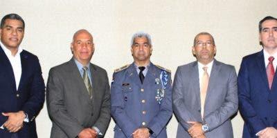 Alberto Sandoval, Rolando Rosado, Héctor J. Díaz, Pedro Castillo y Aitor Palacio.