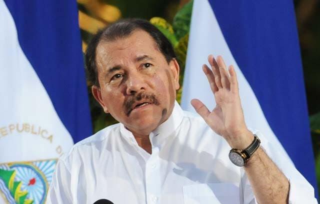 Presidente de Nicaragua anuncia revocatoria de reforma que originó violentas protestas