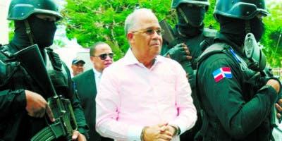 Auditoría ha revelado anomalías financieras durante gestión de Manuel Rivas.  archivo