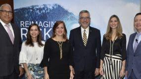 Armando Rojas, Laura Acra, Vivian Acra, Enrique Valdez, Antonia Durán  y Gerardo Herrera.