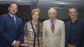 José Hazim Torres, Gilda Pimentel de Suero, Julio Suero Marranzini y  Francesco Gravina.