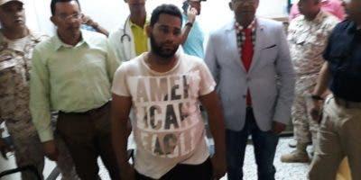 La Cancillería informó que Kairon Antonio Peralta se encuentra en la Procuraduría Fiscal de Dajabón,  donde proseguirán las investigaciones correspondientes.