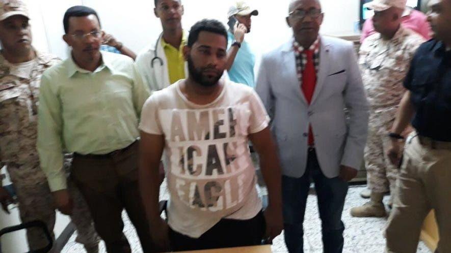 Kairon Antonio Peralta acudió nuevamente hoy a la Policía para ser interrogado sobre el supuesto secuestro de que fue víctima en Haití.
