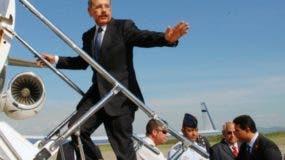 El presidente Medina viajará por la Base Aérea de San Isidro.