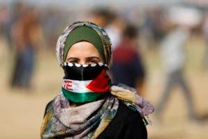 Los palestinos seguían acudiendo el viernes al lugar, con lo que se teme una nueva ola de violencia.