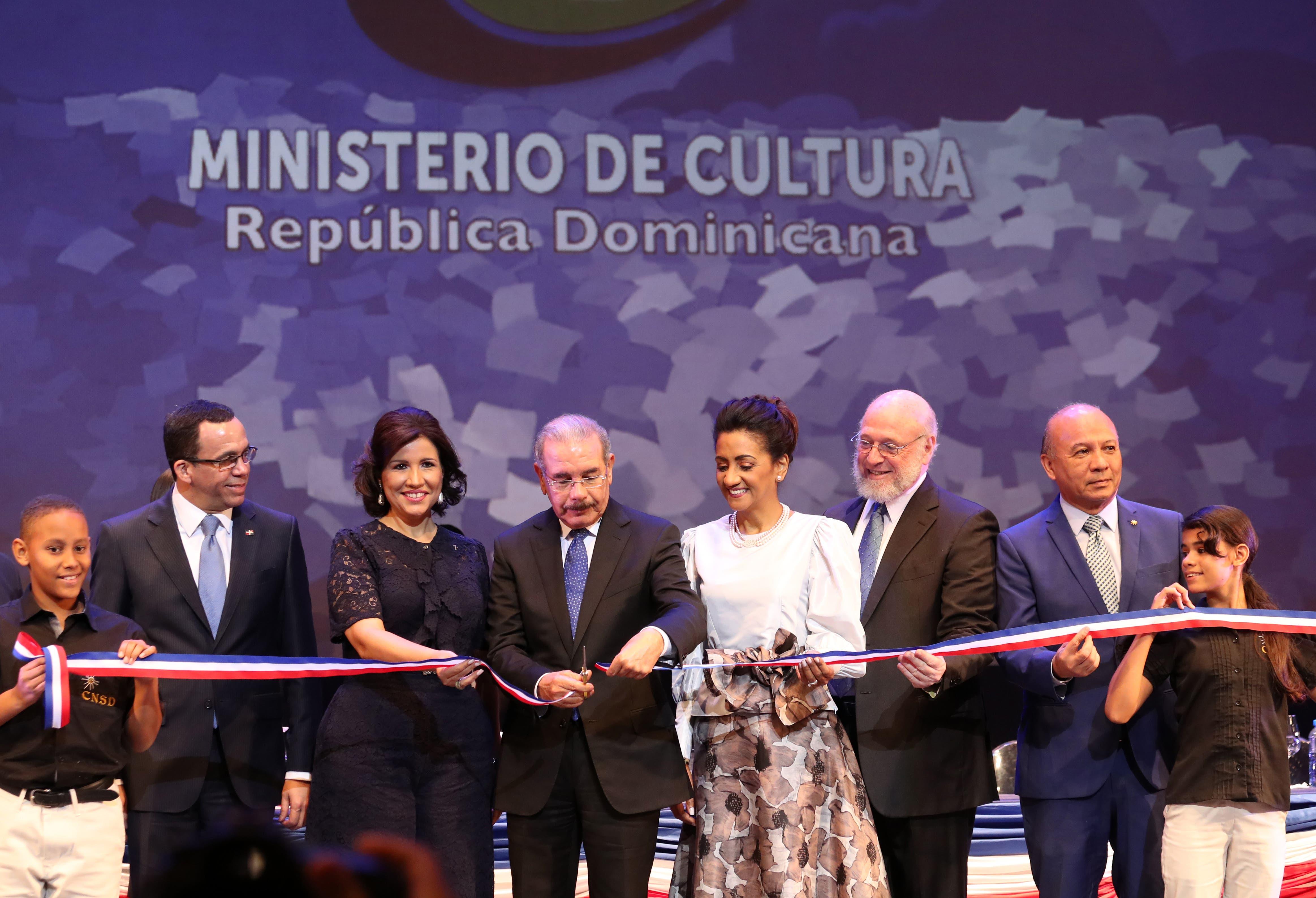 La FILSD 2018 dedica la jornada de este viernes al escritor Pedro Pablo Fernández