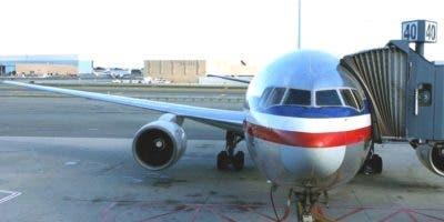 criollos-trabajan-aeropuertos-ny-y-nj-se-beneficiaran-con-alza-salarial