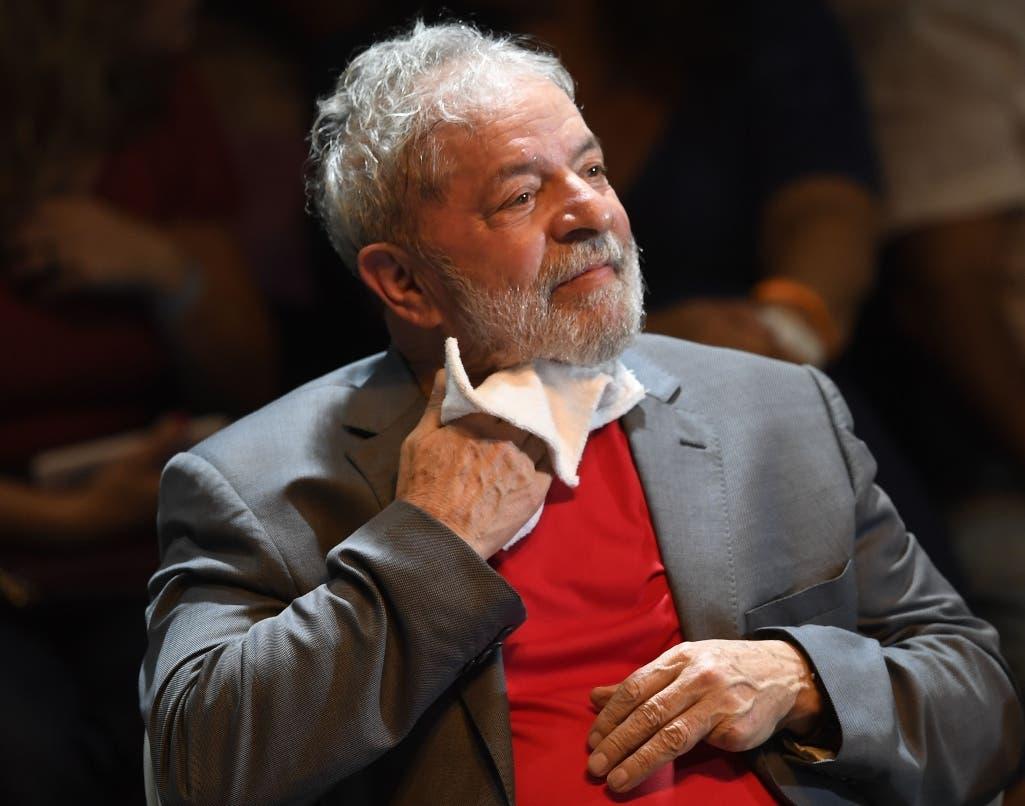 """Lula reaccionó a través de una carta a las palabras de Mourao, quien afirmó que """"las familias sin la figura de padre y abuelo"""" y """"solo con madre y abuela"""" serían """"fábricas de elementos desequilibrados, que tienden a ingresar en bandas de narcotráfico""""."""