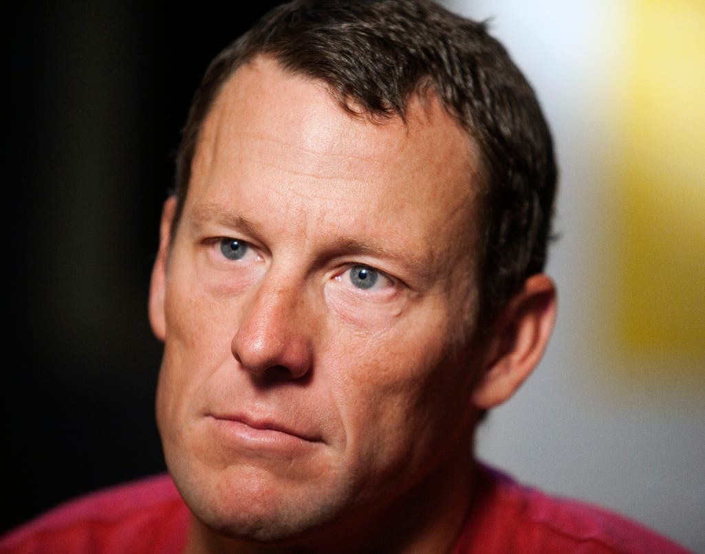 Lance Armstrong acuerda pagar $5 millones por fraude en EE.UU