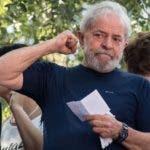 Durante su carrera política el propio exmandatario agregó el apodo Lula a su nombre (Luiz Inácio da Silva), por la forma en la que era popularmente conocido entre los sindicatos de trabajadores de Brasil.