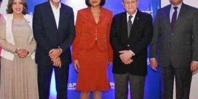 Aida Roca, Carlos Sangiovanni, Marisela Almánzar, Franklin Holguín Haché y Alejandro Moscoso