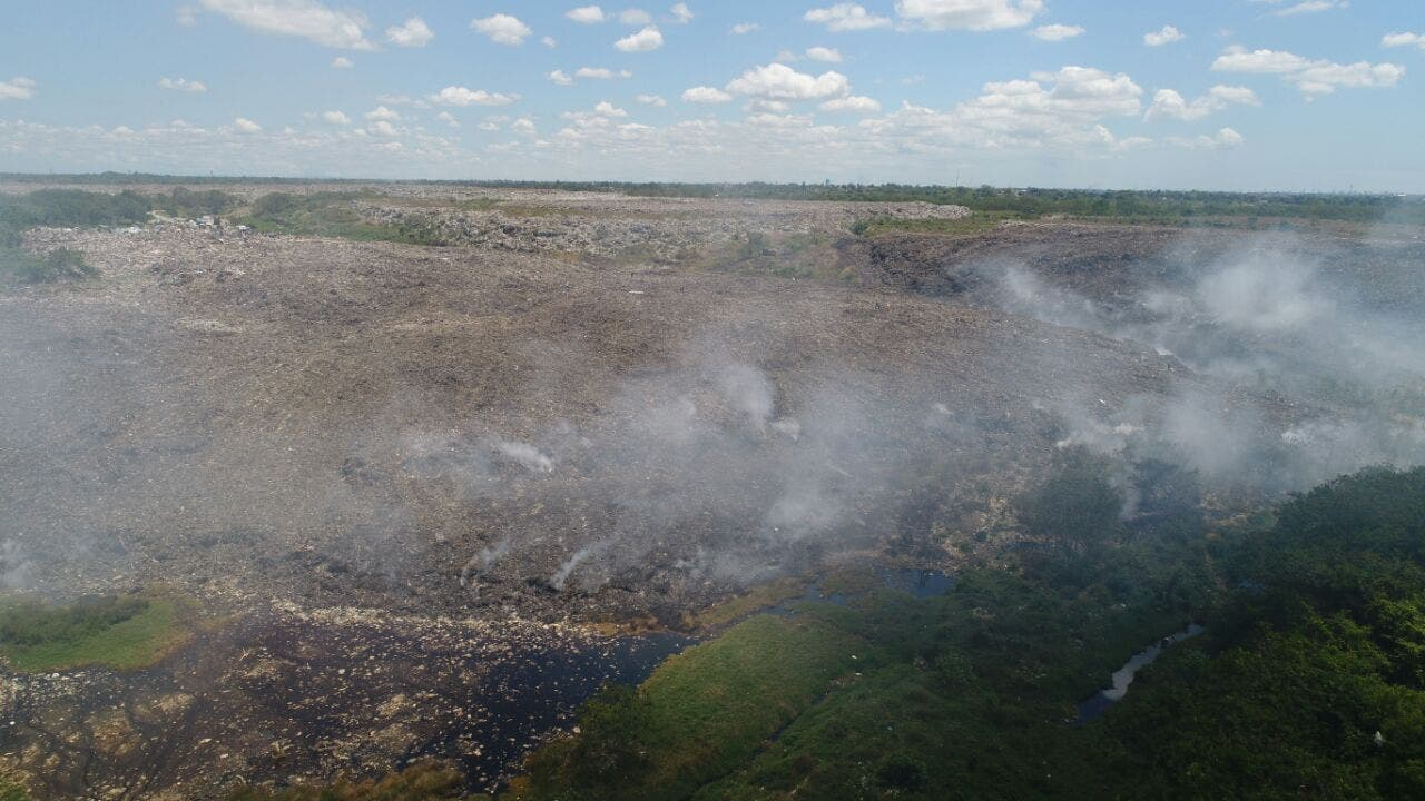 Medio Ambiente afirma incendio en Duquesa fue extinguido en su totalidad