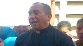 padre-bernardo-vasquez-reprende-legisladores-que-solo-piensan-en-intereses-partidistas-y-se-olvidan-del-pais