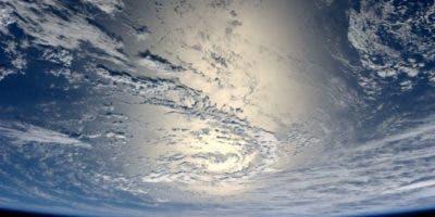 Los investigadores partieron de la base de que un incidente cósmico como el impacto de un meteorito cambiaría el sentido de rotación de la Tierra.
