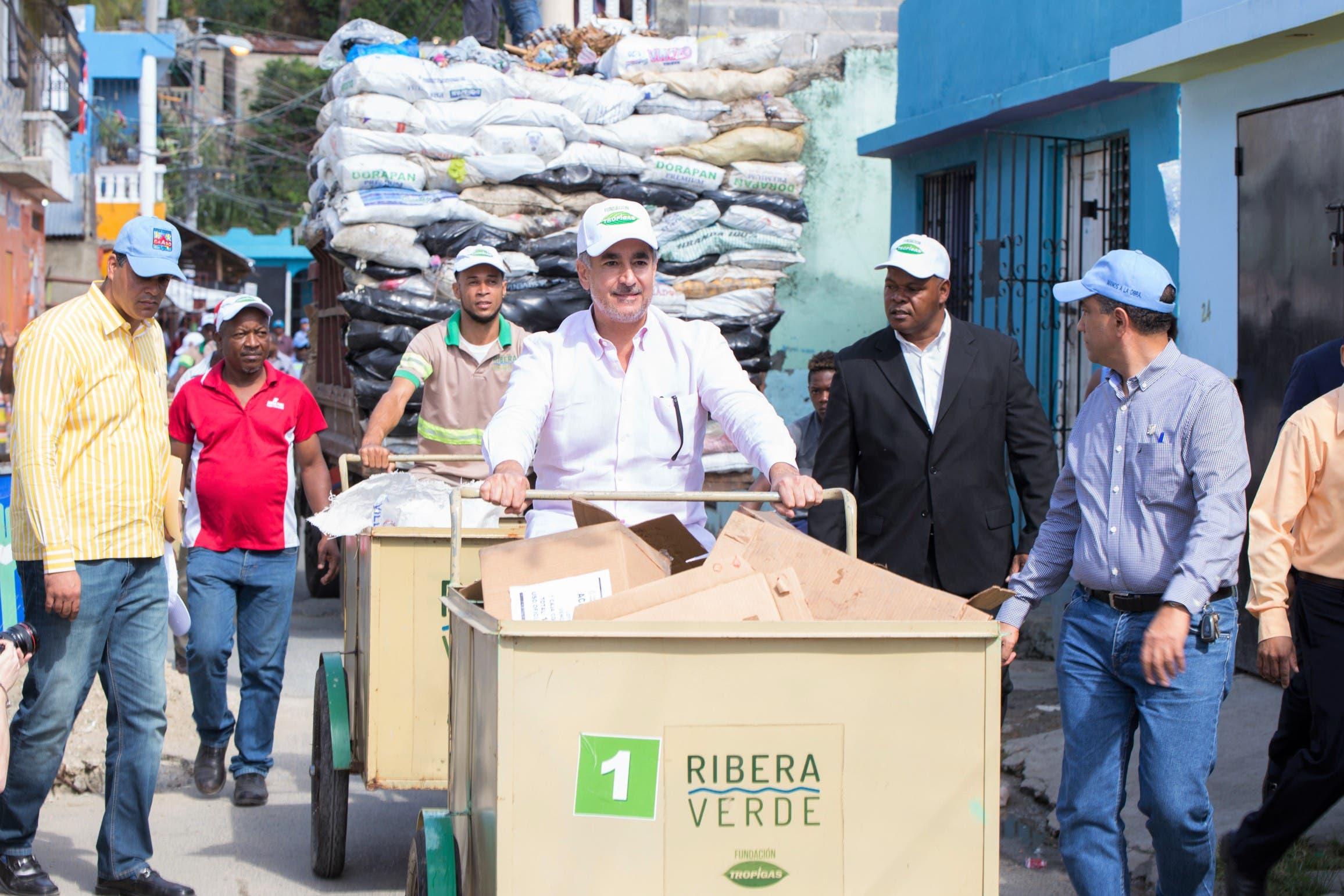 recolectores-de-basura-en-la-cienaga-1-2
