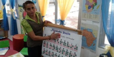 Josefa Caraballo González pertenece al Centro Nacional de Recursos Educativos para la Discapacidad Vusual, del Ministerio de Educación.