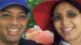 Argenis Contreras y su esposa Heidy Carolina Peña.