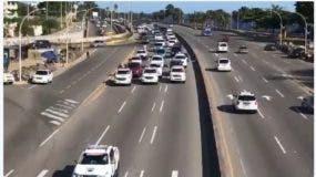 carreteo realizado  en la Autopista las Américas para evitar excesos de velocidad.