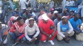 Parte de los detenidos durante los operativos.