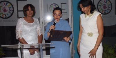 De izquierda a derecha. Lic. Nelly Pilier, Dra. Claudia De Los Santos y Dra. Iris Pilier