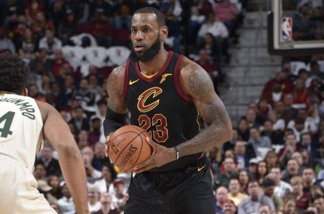 LeBron y los Cavs se asoman al abismo; Utah y Toronto avanzan de ronda