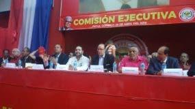 Las principales autoridades del PRSC encabezan la reunión de la Comisión Ejecutiva del partido.