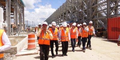 Los legisladores recorrieron las instalaciones del proyecto.